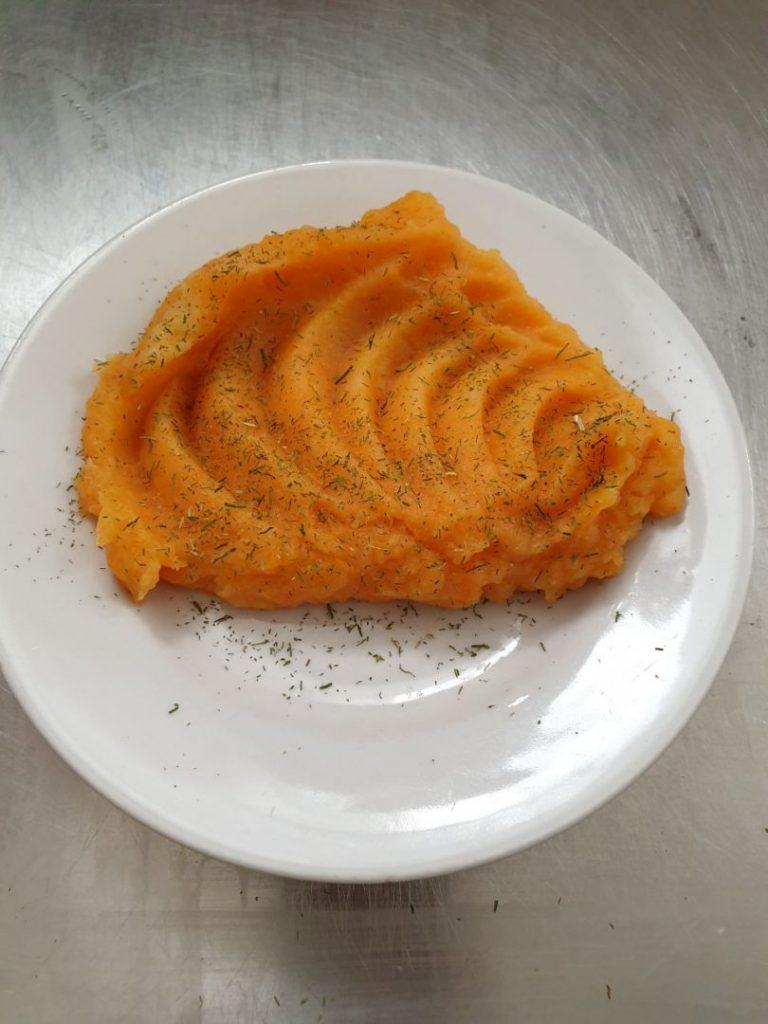 Морквяне пюре з імбиром